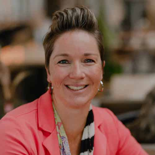 Yvette Bastian